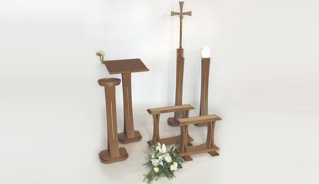 Produzione di arredi funebri di tutti i tipi e servizi for Arredi cimiteriali